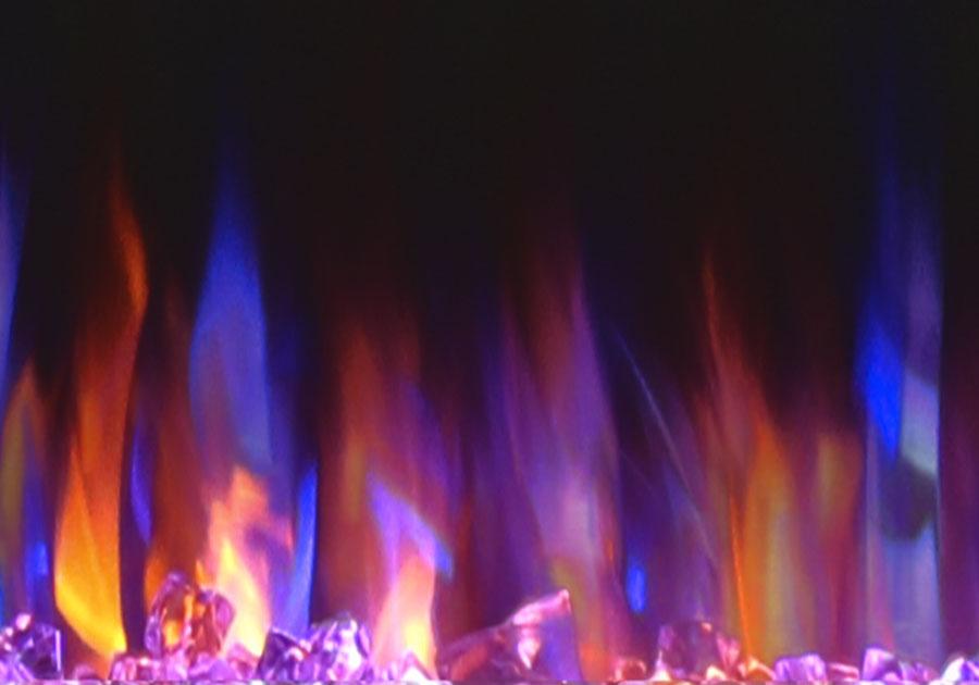Jeu de flammes combinées orange et bleu
