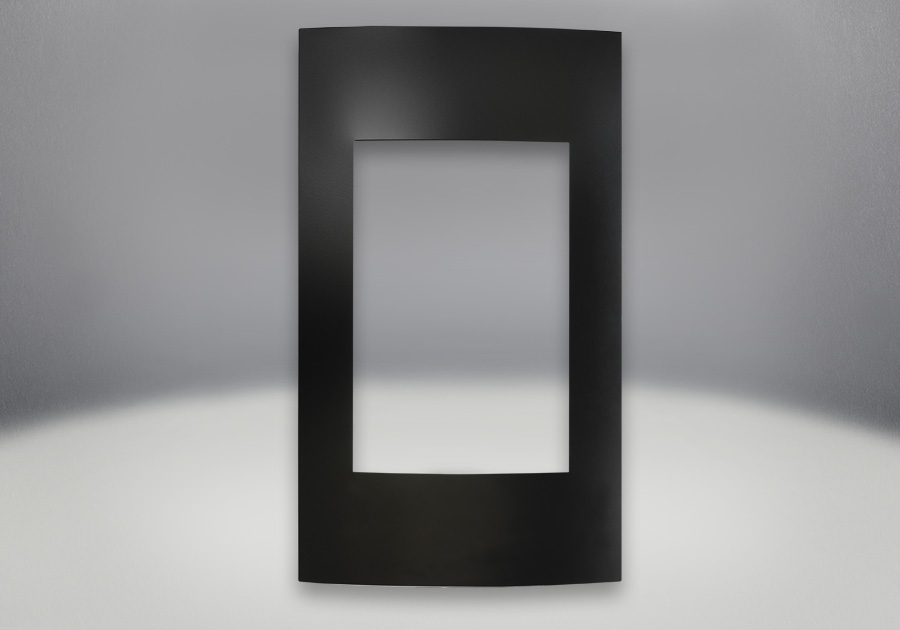 Façade contemporaine. Fini peint noir