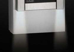 Système d'éclairage supérieur et inférieur. Quatre lumières comprises (optionnel)