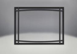 Façade classique noire illustrée avec des barres d'accent cambrées en fini noir et un écran de protection