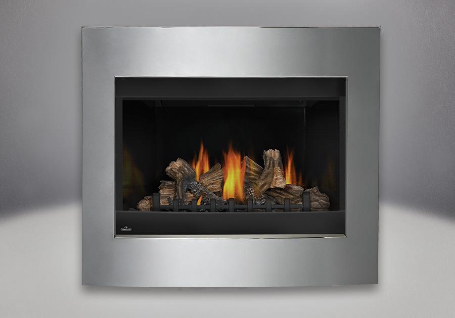 Panneaux réflecteurs radiants en porcelaine MIRO-FLAMME<sup>MD</sup>, bûches PHAZER<sup>®</sup>, contour décoratif convexe disponible dans un riche fini étain scintillant