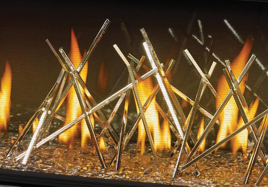 Panneaux réflecteurs radiants en porcelaine MIRO-FLAMME<sup>MD</sup>, billes de verre transparentes et bâtonnets décoratifs plaqués nickel