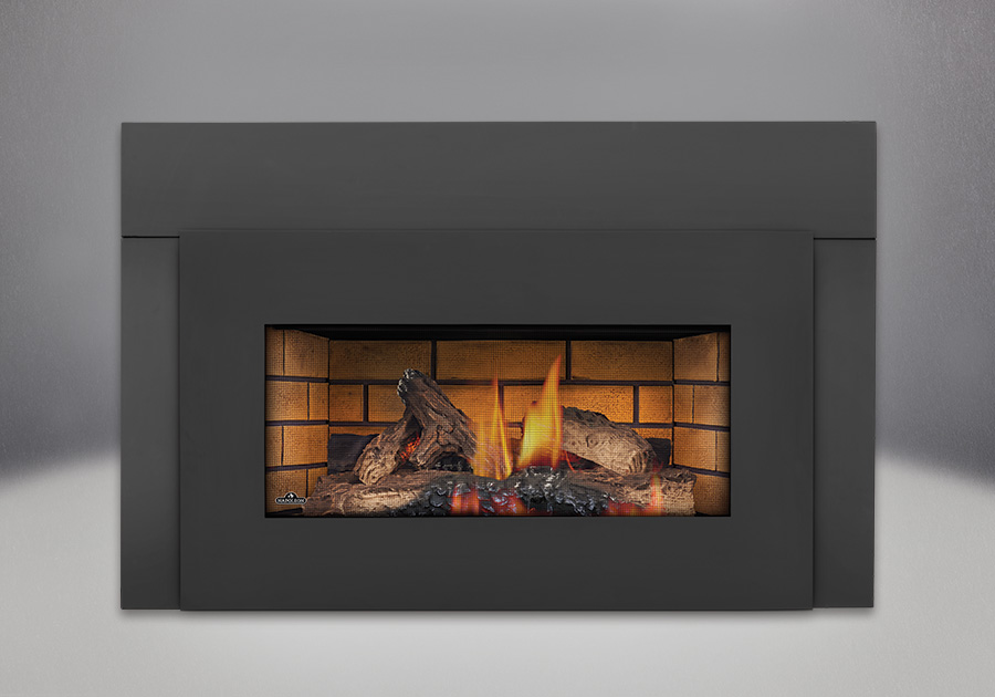 Bûches PHAZER<sup>®</sup>, panneaux décoratifs simili-briques en fini pierre de sable, contour de luxe offert en 6 po, façade en fini peint noir, écran de protection plat