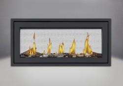 Moulure de finition (autour d'un cadre affleurant) avec revêtement en poudre noir, ensembles Beach Fire et Shore Fire, et panneaux réflecteurs radiants en porcelaine MIRO-FLAMME<sup>MD</sup>