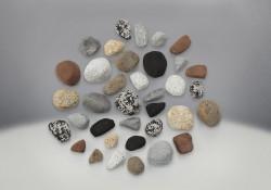 Ensemble Mineral Rock incluant des roches de diverses formes, tailles et couleurs (2 suggérés)