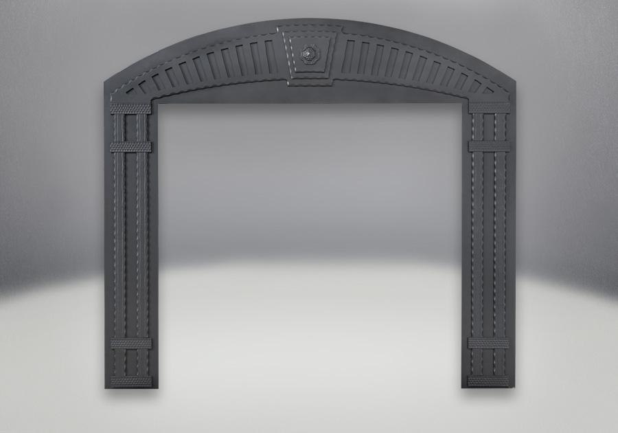 Façade décorative arquée en fer forgé