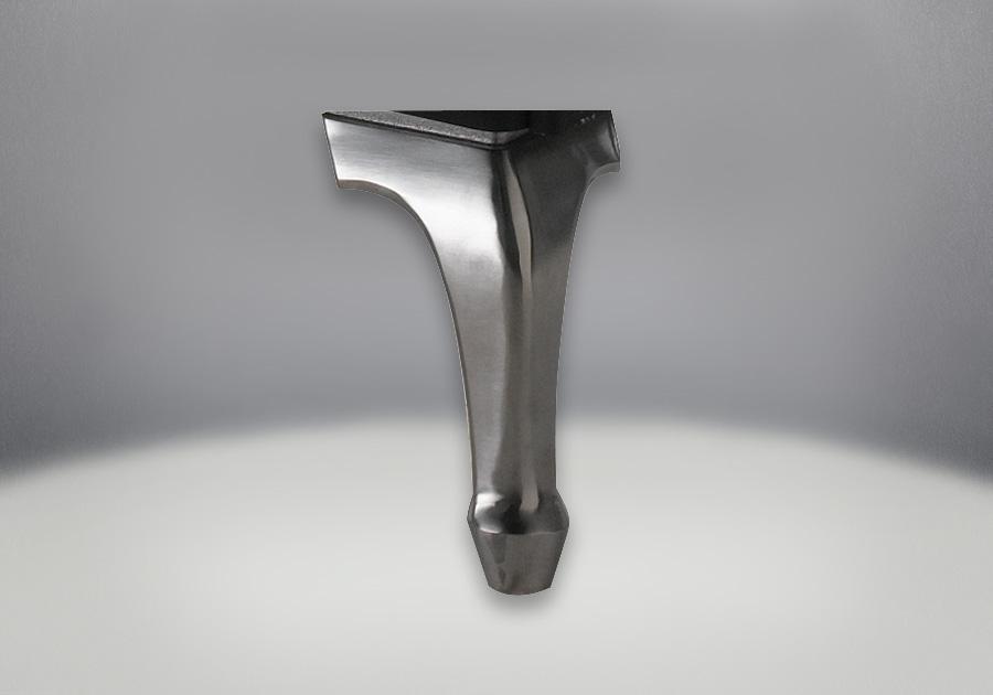 Fonte en fini plaqué chrome satiné élégant